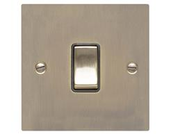 Elite Flat Plate Antique Brass T91